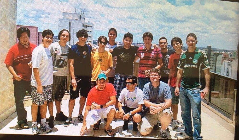 Foto antiga da história da Zup, com poucos funcionários.